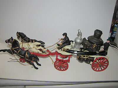 CAST IRON HORSE Drawn Fire Truck Wagon 3-horses and driver steam pumper