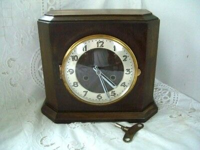 GERMAN UWS VINTAGE CHIMING MANTEL CLOCK GWO- Keeps good time
