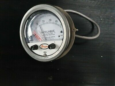 Dwyer 3000-0Mr Photohelic Differential Pressure Switch (In21S3)