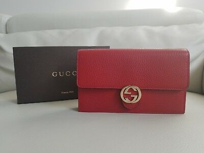 6691b3feed66 NWT GUCCI INTERLOCKING G CROSSBODY WALLET in BLACK LEATHER! Gold ...