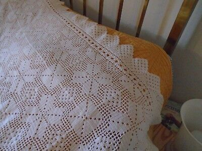 Vintage French white hand made crochet lace quilt/bedcover, cotton