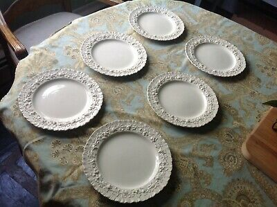 Vintage Wedgwood Queensware Cream on Cream Embossed Shell Edg Luncheon Plates 9""