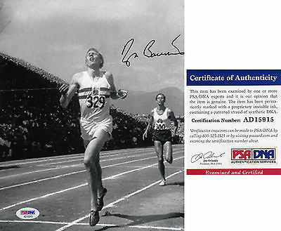 Sir Roger Bannister 1st Four minute mile PSA DNA SIGNED 8x10 PHOTO AUTOGRAPHED