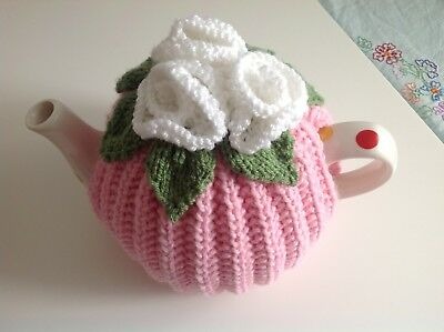 HAND KNITTED TEA COSY - Vintage Style, Retro Roses