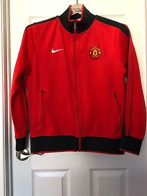 NIKE MANCHESTER UNITED AUTHENTIC N98 JACKET Black. $99.99