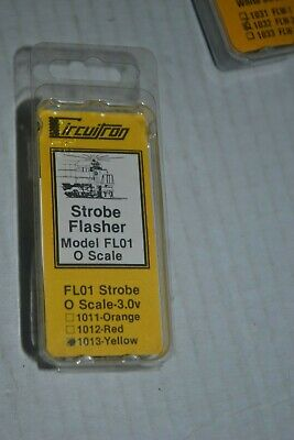 Circuitron 1013 FLO1 Yellow Strobe Flasher O Scale