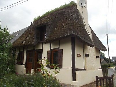 Thatched cottage to let in village near Honfleur - 2 bedrooms - Pets Welcome
