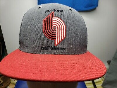 cheaper bc7b6 ed686 Mitchell Ness NBA PORTLAND TRAILBLAZERS ADJUSTABLE BASEBALL CAP