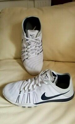 d069141ed5cc Womens Nike Free Tr 6 Training Shoes 833413 142 White midnight Navy Size 9.5