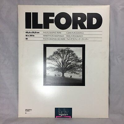"Ilford 16 x 20"" in. Multigrade IV RC Deluxe MGD.1M B&W Glossy Paper 10 Sheet"