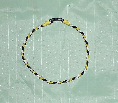 Pittsburgh Pirates Paracord Necklace