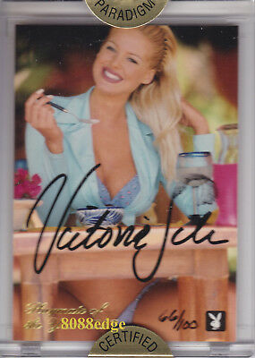 1998 Playmate Members Authentic Auto #3Py: Victoria Silvstedt #66/100 Autograph