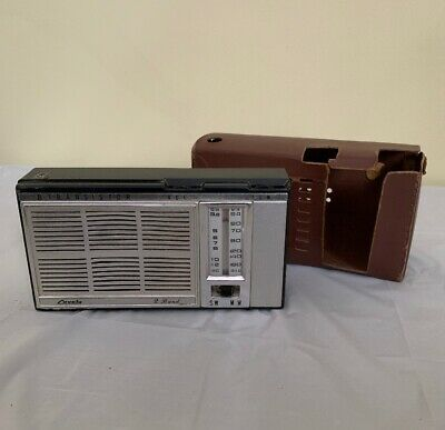 Lovely brand 2 Band 8 Transistor radio with brown case