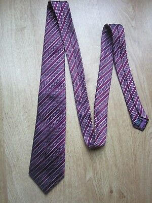 Stunning Hawes and Curtis silk tie Claret Burgundy stripes
