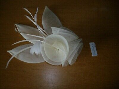 Lovely cream mesh & feather rosebud fascinator hair comb. Wedding/races. UK