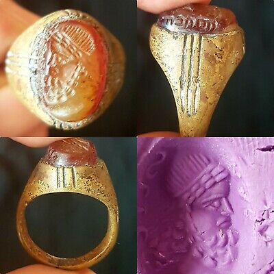 Wonderful old agate intaglio old antique bronze lovely ring