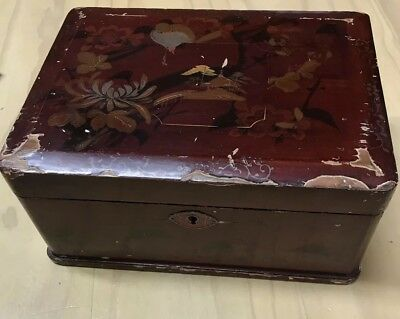 Vintage Loved Lacquer Box 20 x 14 X 9 Cm  Mountains Bird Red