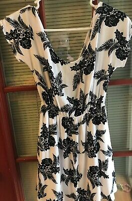 08620ac5890 CHARLOTTE RUSSE TRIBAL Print Cut Out Skater Dress   Size S   Black ...