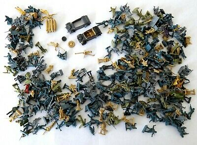 Job Lot of Approx 330 Vintage WWII Soldiers Airfix etc 1970s World War Two 1:72