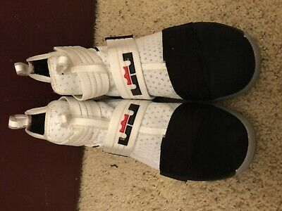 6415405436a PRE OWNED Nike Mens Tennis Classic Athletic Shoes sz 11.5 White ...