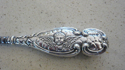 Large Reynolds Heads of Angel Chester Solid Silver Buttonhook 1904 William Neale