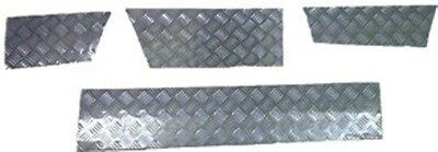 LAND ROVER DISCOVERY 2 BLACK CHEQUER PLATE SKIRTING KIT (3 & 5 Door)