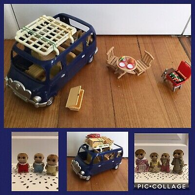 Sylvanian Families - Bluebell 7-seater car with roof rack picnic set & Meerkats
