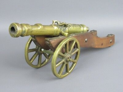 Model Miniature Cannon with Wheels Bronze and Wood Carina Lugano