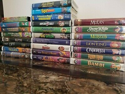 25 VHS Movies, 17 are Walt Disney ~ All Children and Family