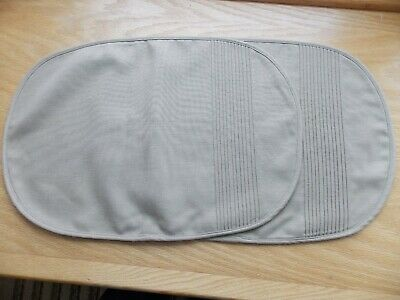 "Set of 2 Beige Tan Oval Cloth Placemats with Pleated design 13""X18"" VGC"