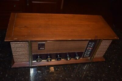 Collectible Vintage Tube Radio Arvin AM/FM Wood Works ART DECO