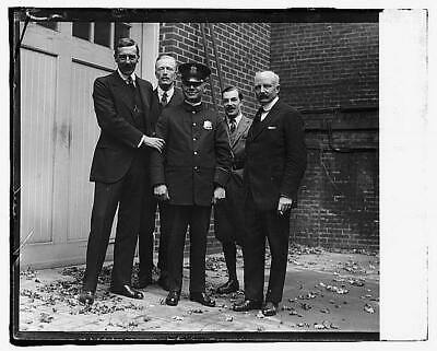 Photo:Policeman,British Embassy,Police,Law Enforcement,1918-1920