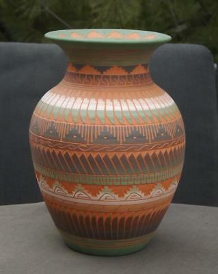 Navajo Native American Etched Pottery Jug Signed D. Nelson 1999 COA Mint Cond