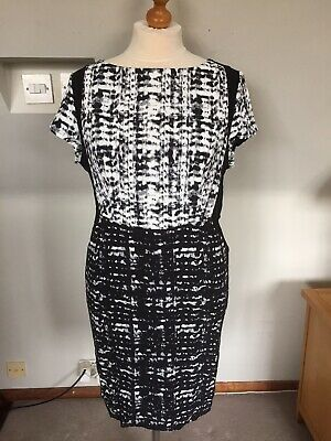 AUTOGRAPH MARKS & SPENCER BLACK WHITE LADIES SMART DRESS size 22 UK