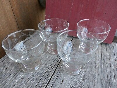 Libbey Rock Sharpe Set of (4) Etched Glass Vine Leaves Footed Aperitif Cordials