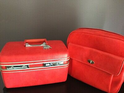Vtg Red Courier Hard Cosmetic Train Case & Soft Carry On Bag Matching Set & Keys