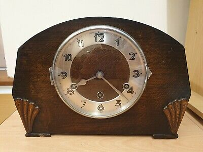 8 Day Chimming Mantel Clock Westminster Chime Oak Case C1940