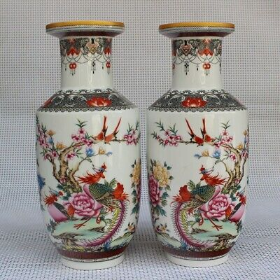 A Pair Perfect Antique Chinese  Hand-painting Porcelain Famille-Rose Vase