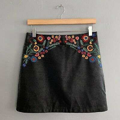 163e81a2 ZARA FAUX LEATHER Embroidered Floral Mini Skirt Black Women's Size ...