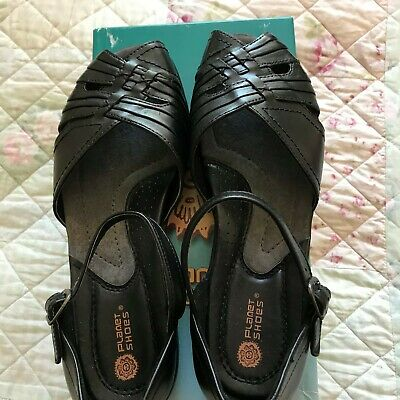 Ladies Leather Shoes Size 8 by Planet Shoes New