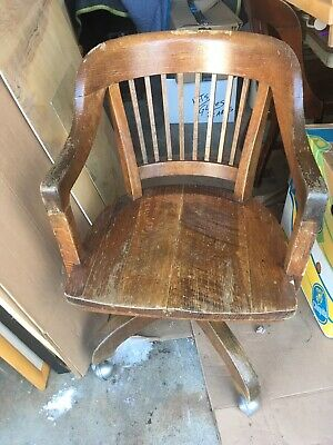 Antique Gunlocke Swivel Quarter Sawn Oak Desk Chair Library Lawyer Teacher Court