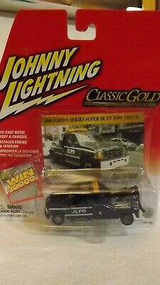 Johnny Lightning Classic Gold 2000 Ford F-Series Super Duty Tow Truck