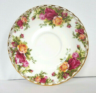 ROYAL ALBERT old country roses china saucer English fluted vintage
