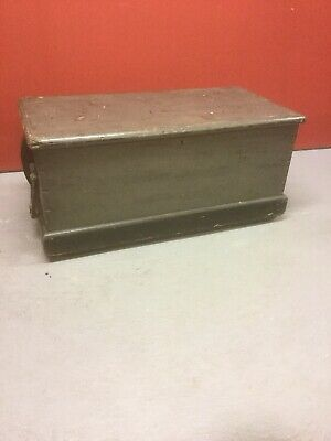 Antique Pine Painted Blanket Box Sn-506a
