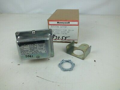 Honeywell ST70A 1002 Electronic Time Delay 120 Volt, 50/60 Hz, 5 Second Timing
