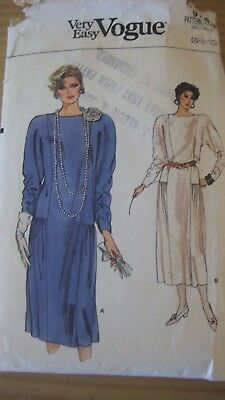 Vintage Very Easy Vogue 9156 Dress 1980'S Style