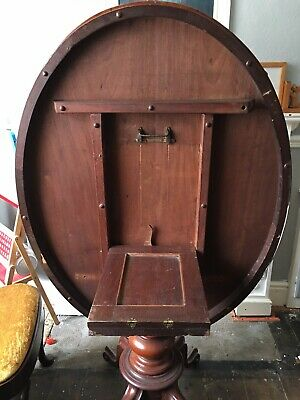 Victorian Tilt Top Breakfast Loo Table