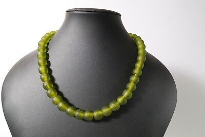 Recycling Glasperlen 13mm Mintgrün Krobo Ghana Powder Glass Beads Altglas