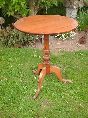 Victorian  Pine  Tilt  Top   Occasional /  Side  Table