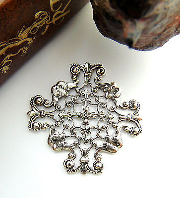 ANTIQUE SILVER Openwork Cross Filigree Stamping ~ Oxidized Findings (CB-3045)